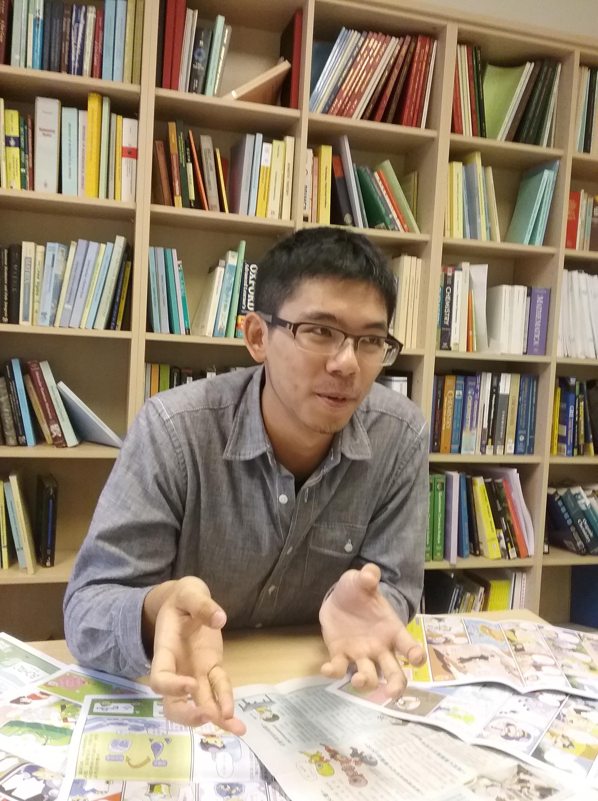 圖二 泛科特約編輯王昱夫表示,社群媒體結合網站流量調查,可以提供編輯發稿時間與關鍵字的參考依據。(邱圓庭攝影)